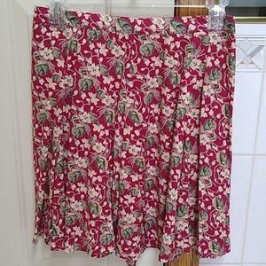 Cute flower print skirt, like new!